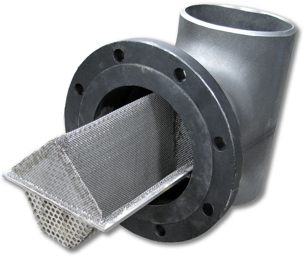 Tee Strainer with buttweld connector and basket inside